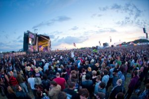 Download-Festival-crowd (Copier).jpg